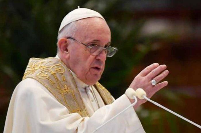 Πάπας Φραγκίσκος: Αυτοκτονικός αρνητισμός η εναντίωση στο εμβόλιο