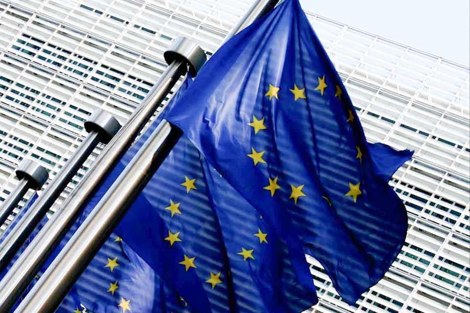 Tον Μάρτιο, η νομοθετική πρόταση για το ψηφιακό διαβατήριο εμβολιασμού