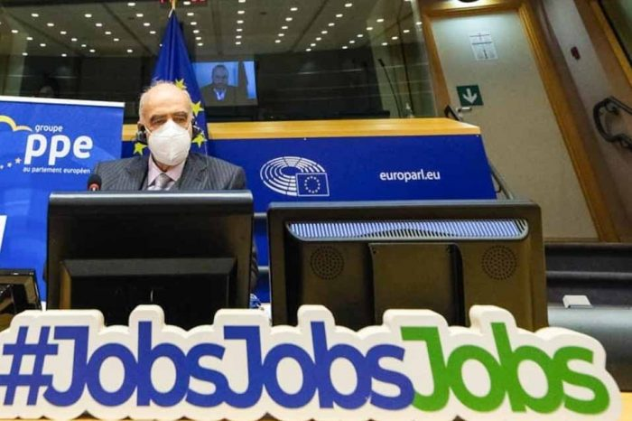 Ούτε ένα ευρώ χαμένο από τα χρήματα του Ταμείου Ανάκαμψης