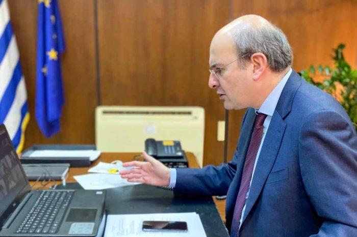 Κωστής Χατζηδάκης: Ανασχεδιασμός και αναβάθμιση των παρεχόμενων υπηρεσιών του υπουργείου